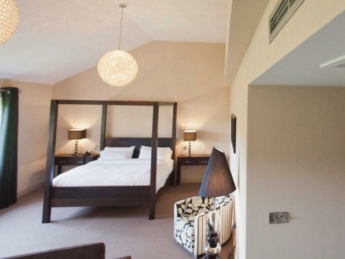 Heat recovery system saves money at Red Lion Hotel in Derbyshire